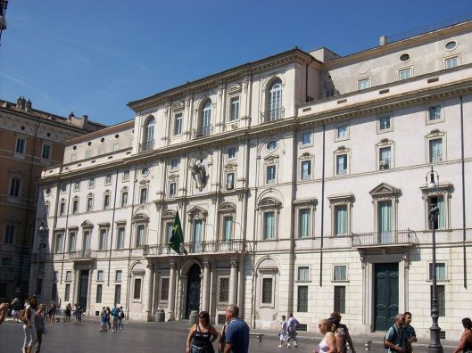 Palazzo Pamphili in Piazza Navona.
