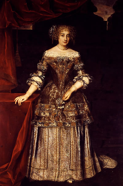 Olimpia's daughter-in-law, the Princess of Rossano, was a bitter rival who Olimpia squabelled with for many years.